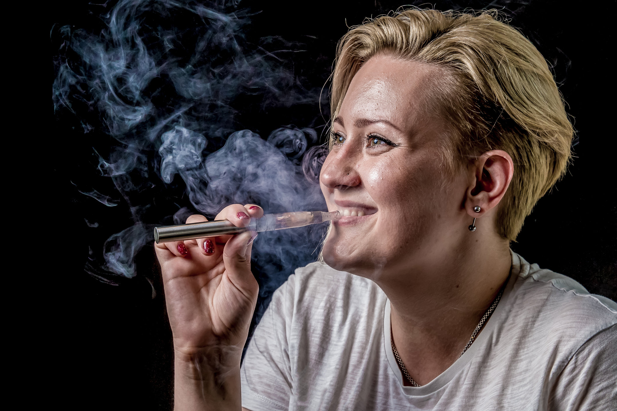 The Effects of Vapes on Your Oral Health